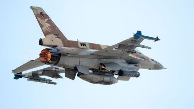 File photo showing an Israeli Air Force F-16 I fighter jet taking off at the Ramat David Air Force Base (28 June 2016)