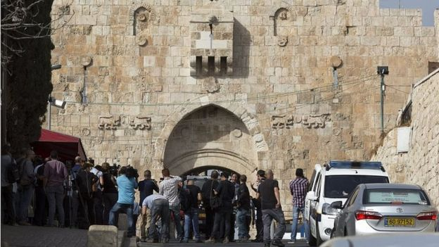 Scene of stabbing at Lions' Gate in Jerusalem's Old City (12/10/15)