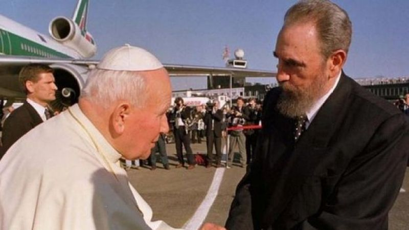 II John Paul və Fidel Castro