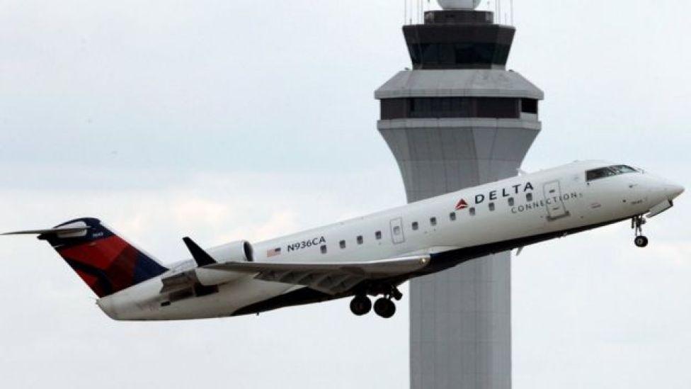 Avión de Delta