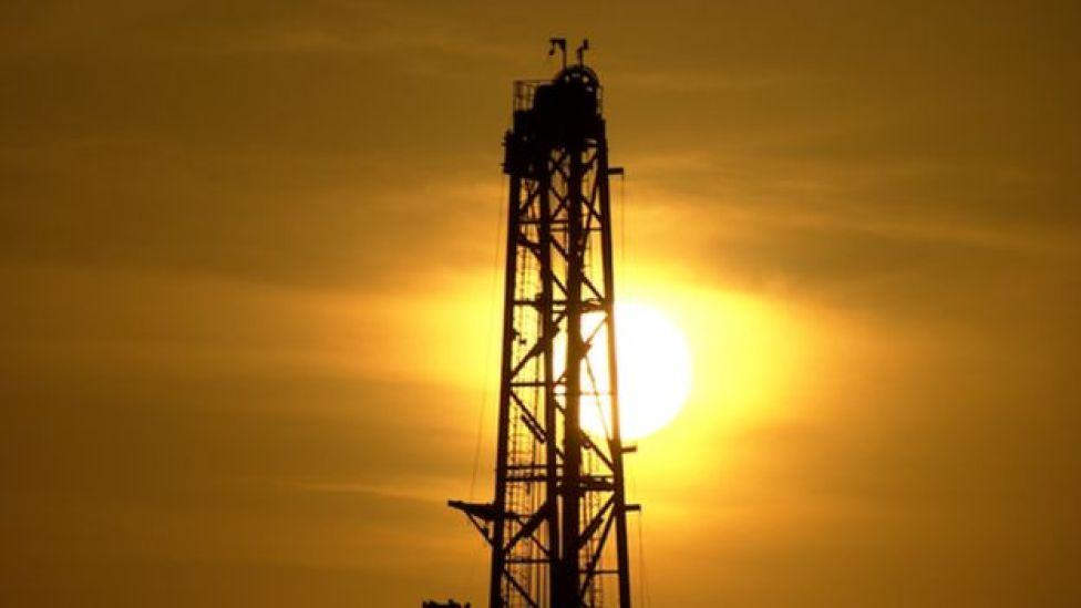 Una torre de petróleo en Shaybah