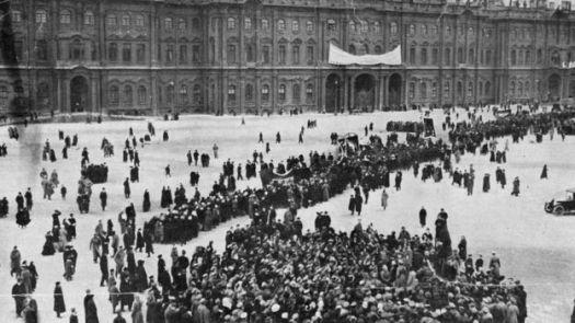 Protesto em 1917 em São Petesburgo