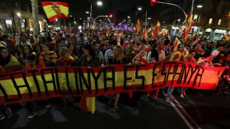 Manifestación en contra de la independencia de Cataluña en Barcelona - 27 de octubre