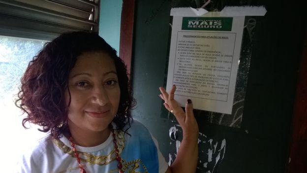 Roberta de Sousa at school in Complexo de Mare