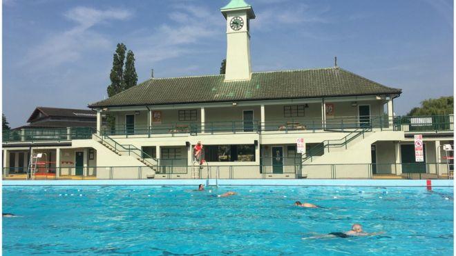 Swimmers at Peterborough Lido