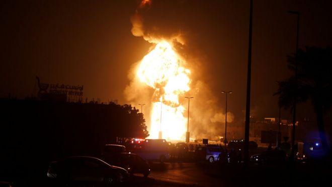 حريق في انبوب النفط السعودي البحريني
