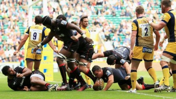 Saracens play Worcester Warriors