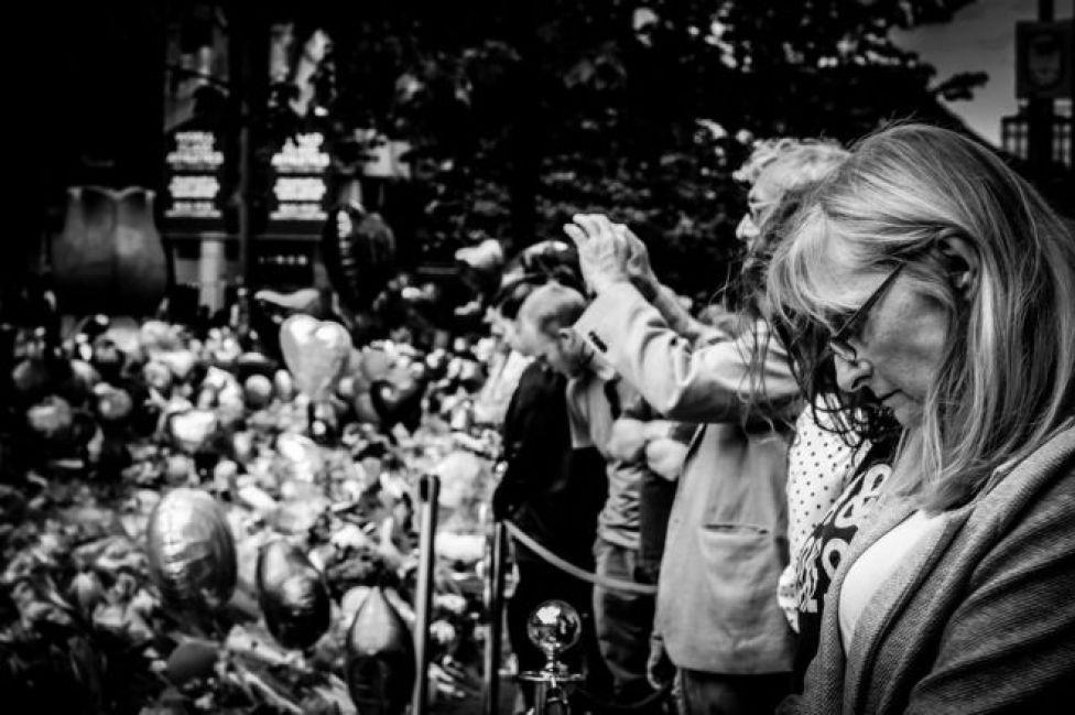 حشود في أحد ميادين مانشستر