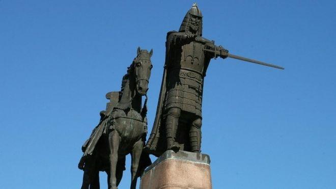 Lithuania từng thuộc Liên Xô. Năm 2004, nước này gia nhập Nato.