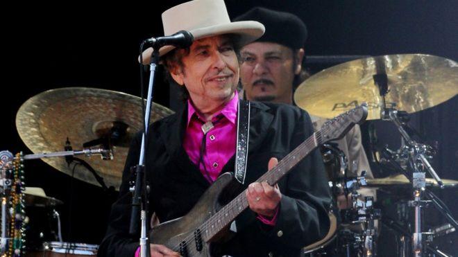 Ca sĩ Bob Dylan
