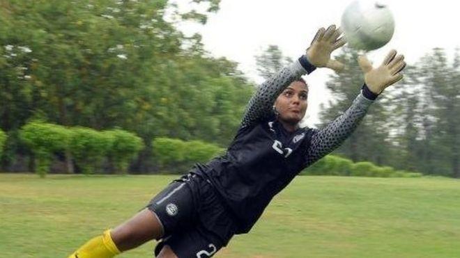 India women's goalkeeper makes historic West Ham move
