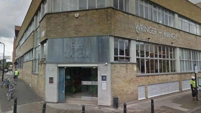 Wringer and Mangle, Dalston