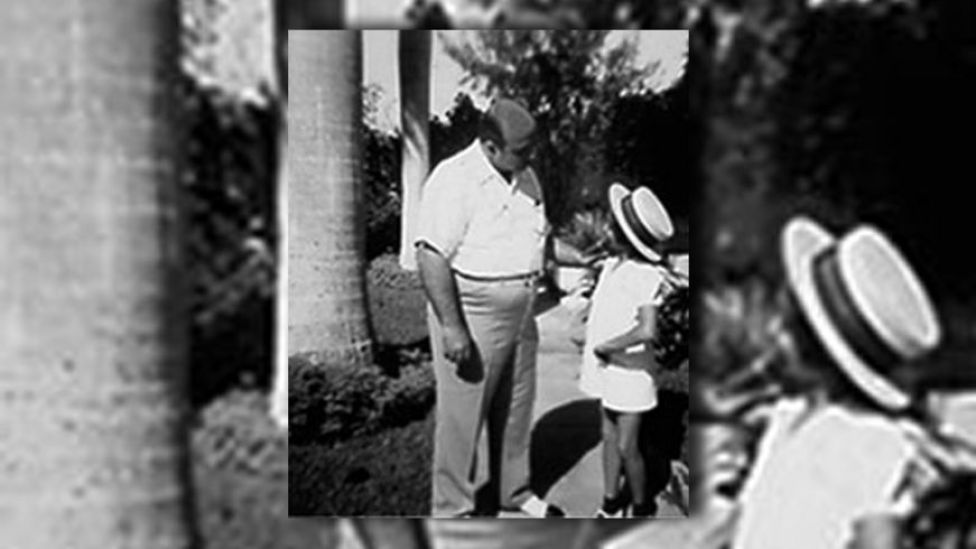 Al Capone junto a su sobrina Deidre Capone en 1945 (Foto: gentileza Deirdre Capone).