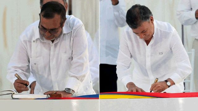 Timochenko y Santos firmaron la paz