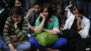 manifestación por joven violada en Nueva Delhi, India