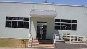 Fachada del Instituto de Química de São Carlos, perteneciente a la Universidad de São Paulo