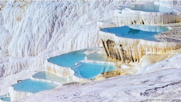 Dünyada görmeniz gereken ilginç göller 7