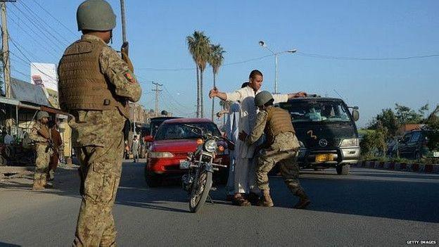 Блок-посты часто принимают на себя первые удары талибов
