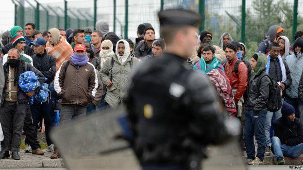 Más de 780 ciudadanos se inscribieron en su página de internet y 26 personas fueron ya ubicadas en casas privadas en Alemania.