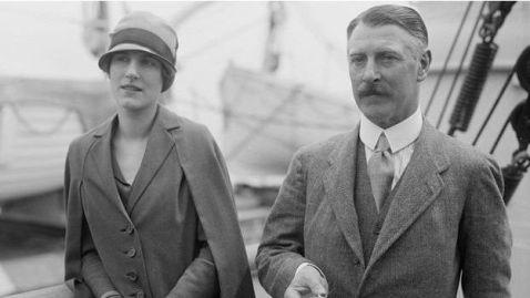 Lady Mary y Sir Cecil Chubb en el RMS Aquitania, 1926