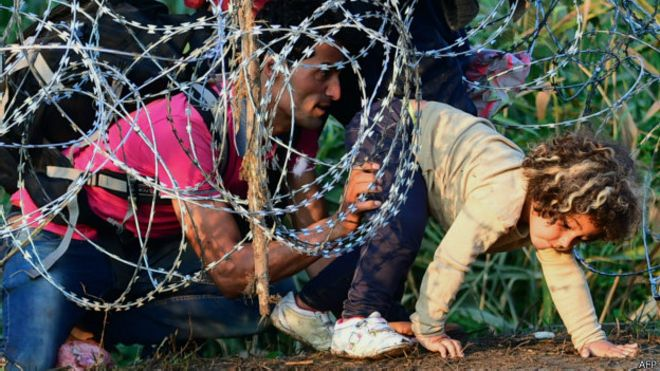 150913094308_hungary_migrants_624x351_afp.jpg