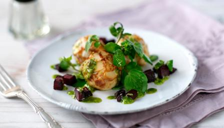 Almond-rolled goats' cheese
