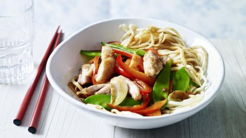Chicken stir fry is healthy 10 minute dinners!