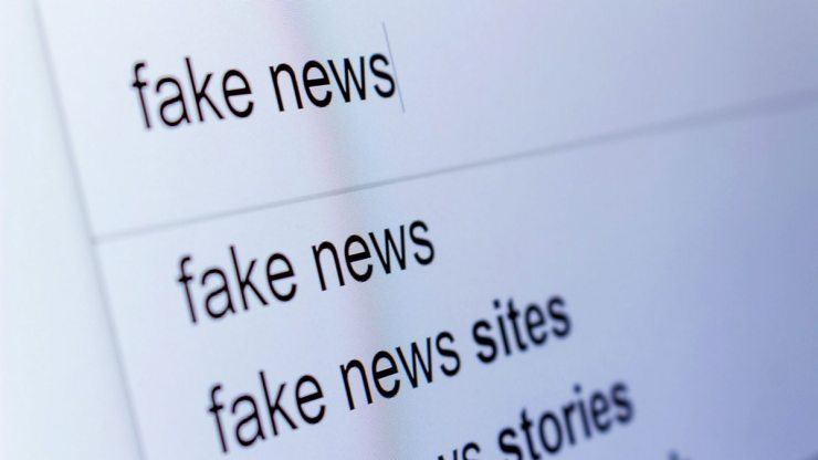 Redes sociais vão combater a divulgação de fake news