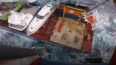 Dutch crew rescued from 'near-capsize' #world #BBC_News