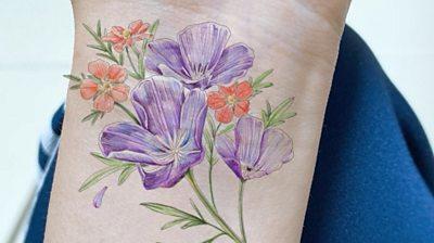 Flower tattoos heal self-harm scars #world #BBC_News