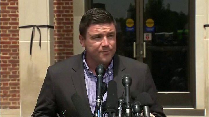 Charlottesville: White House defends Trump response - image  on http://us-news.net