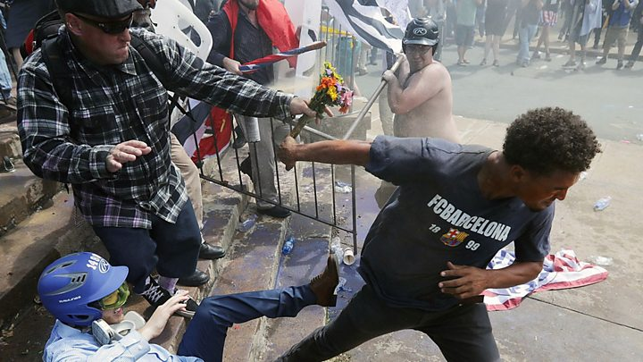 Charlottesville: Trump repeats 'both sides' rhetoric - image  on http://us-news.net