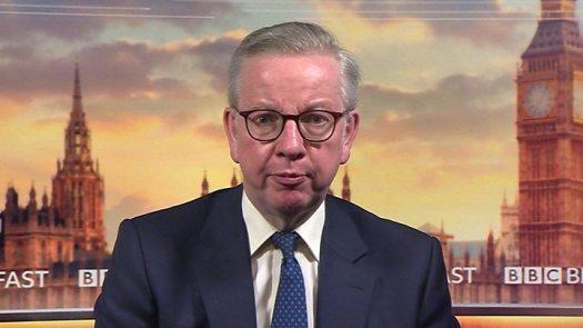 Dominic Cummings: Minister Douglas Ross quits over senior aide's lockdown actions 2