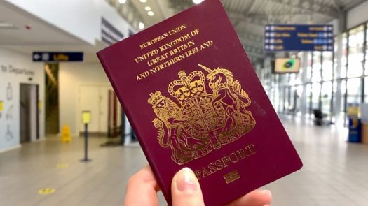 Covid: Taskforce to look at virus testing for UK arrivals 2