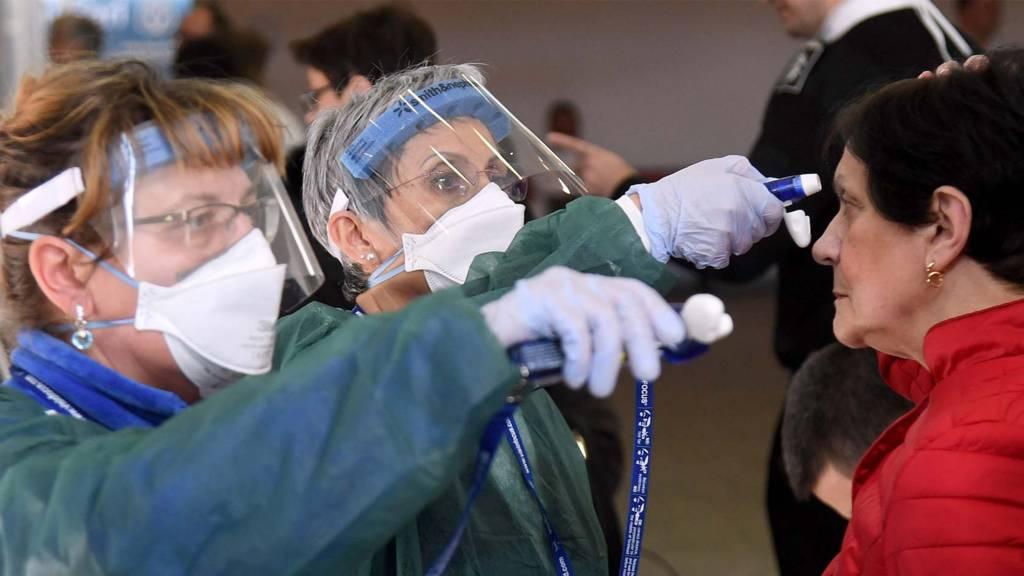 Coronavirus: Italy and Iran close schools and universities - BBC News