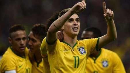 Chelsea's Brazil international Oscar