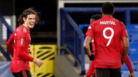 Everton 0-2 Manchester United: Edinson Cavani astonishingly helps visitors in the Carabao Cup semi-finals