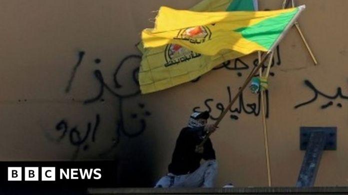 116209200 mediaitem116209199 इराकी व्याख्याकारों ने अंग्रेजों की मदद करने के लिए 'मौत के दस्ते द्वारा पीछा किया'