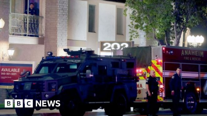 'Child among four dead' in shooting at office building in Orange, California #world #BBC_News