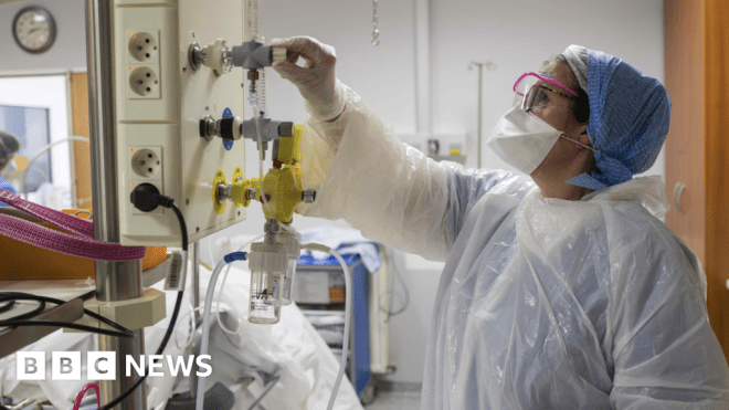 Coronavirus doctor's diary: 'Our hospitals weren't made to use this much oxygen'