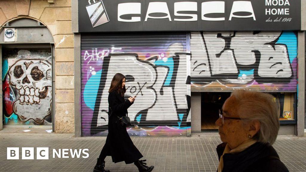 Coronavirus: Spain set to declare national lockdown - BBC News