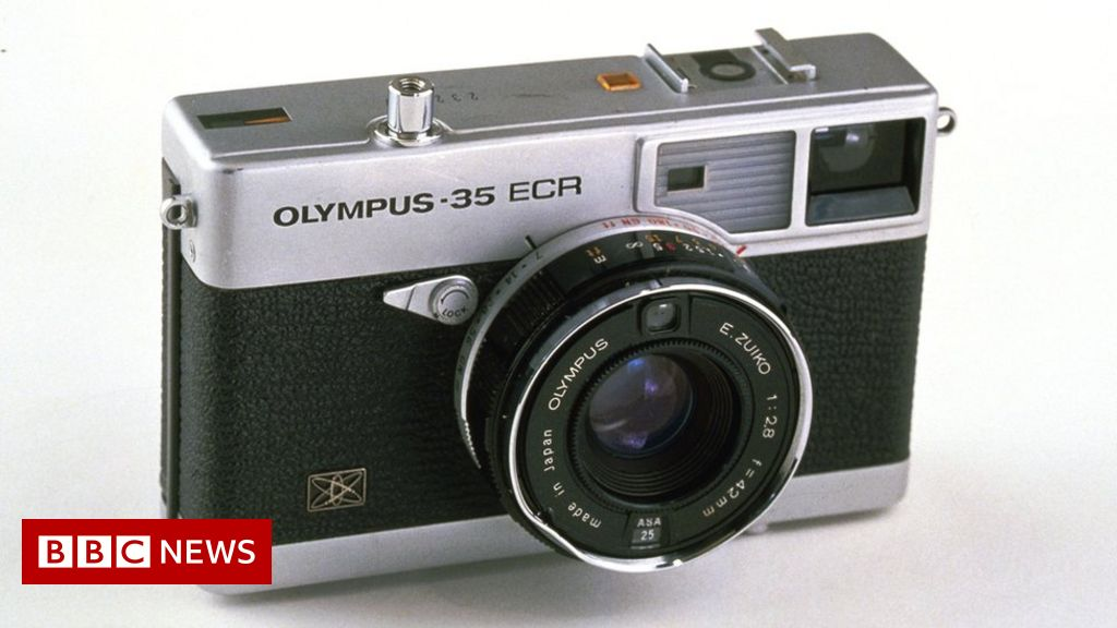 Photo of Olympus quits camera business after 84 years
