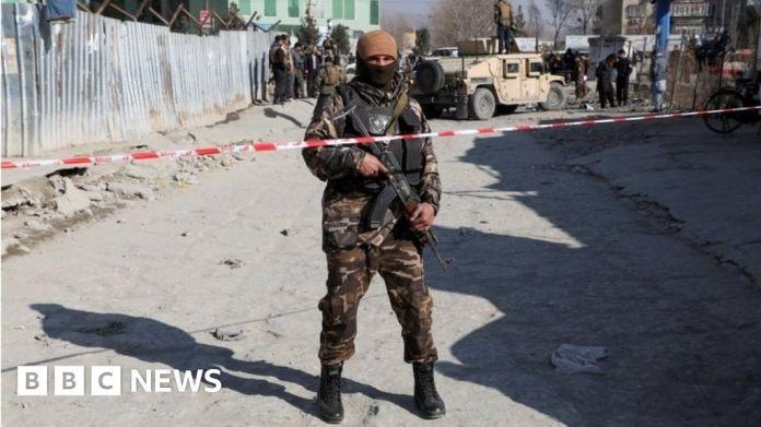 116210477 48893922 982d 43f7 b0c2 a830d8ac7a25 अफगानिस्तान संघर्ष: काबुल कार बमबारी में चार डॉक्टर मारे गए