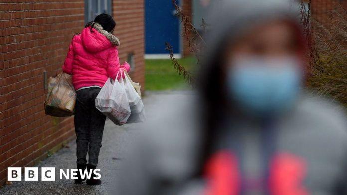 कोविद: अमेरिका कोरोनोवायरस सहायता के लिए लंबे समय से प्रतीक्षित सौदे पर पहुंचता है