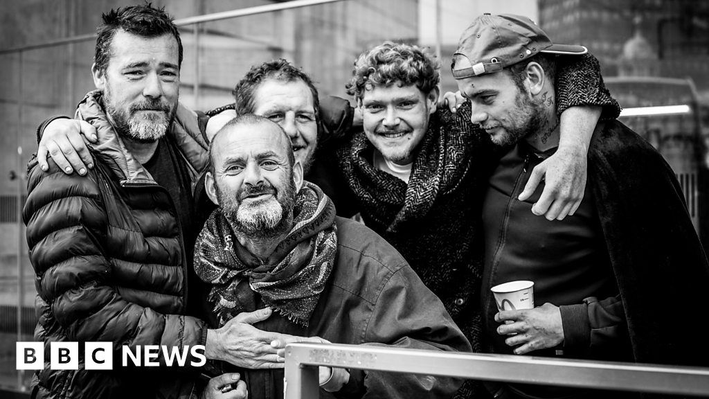 , Homeless in London: 'People pretend they are not there', The Evepost BBC News