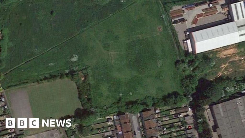 Midsomer Norton generators to go ahead 'without scrutiny' thumbnail