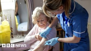 Most people in England to be offered flu vaccine