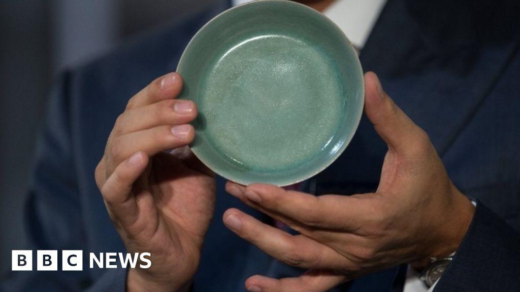 Chinese Ruware bowl sets 38m auction record in Hong Kong