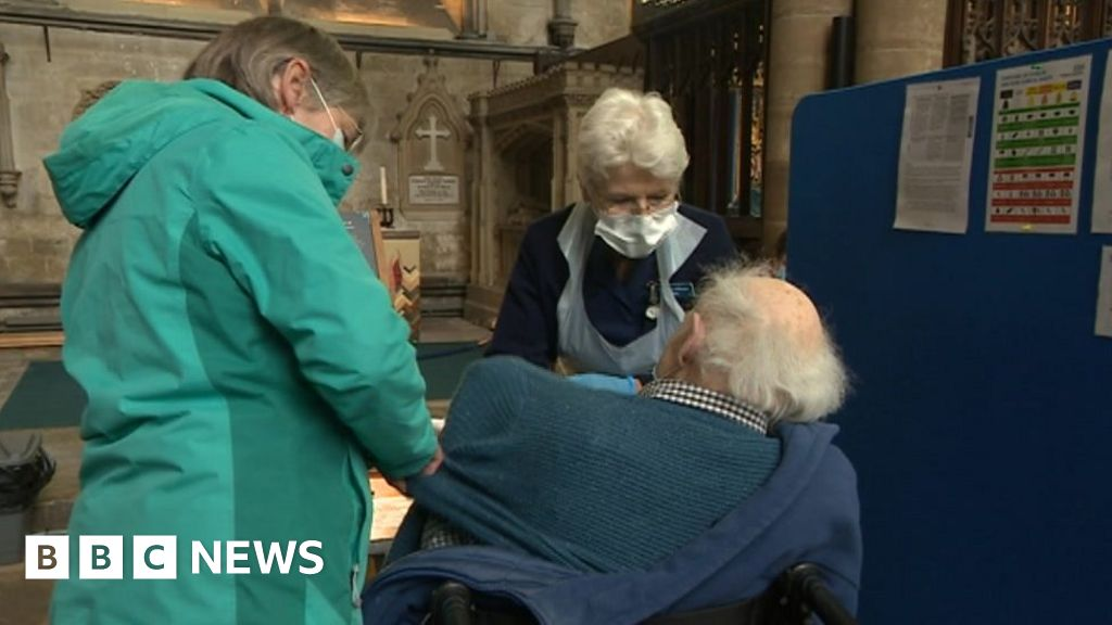 Salisbury Cathedral releases album for NHS Charities Together - BBC News