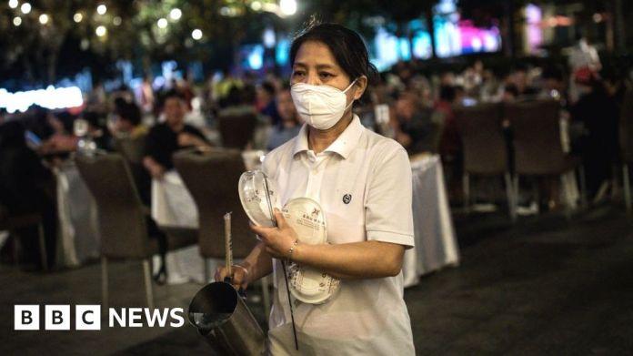 116298434 gettyimages 1228264198 अध्ययन में कहा गया है कि चीन कोविद -19: वुहान में लगभग 500,000 लोगों को वायरस हो सकता है